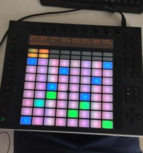 Миди контроллер Ableton push