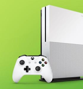 Xbox One S 1 TB fifa 17 Exclusive Bundle