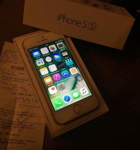 iPhone 5s 16gb silver рст