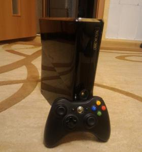 Xbox 360 slim 250gb freebot