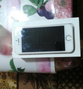 iPhone 5 s gold 16гб