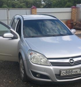 Opel Astra 1.3 МТ, 2008