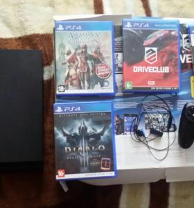 PlayStation 4 +камера+4 диска+гарнитура