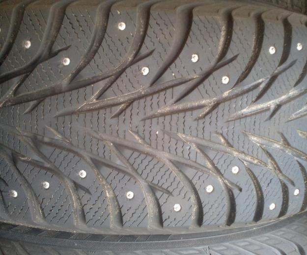 Шины yokohama ice guard stud ig35  235/65 r17. Фото 1.