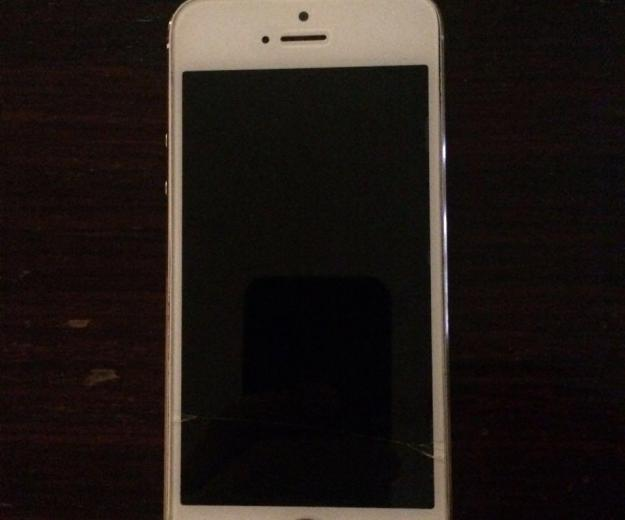 Iphone 5s 16gb. Фото 1.