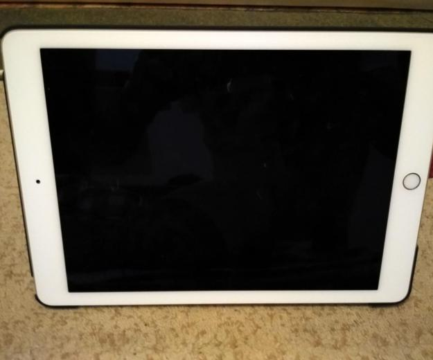 Ipad air 2 16gb  gold wi-fi. Фото 1.