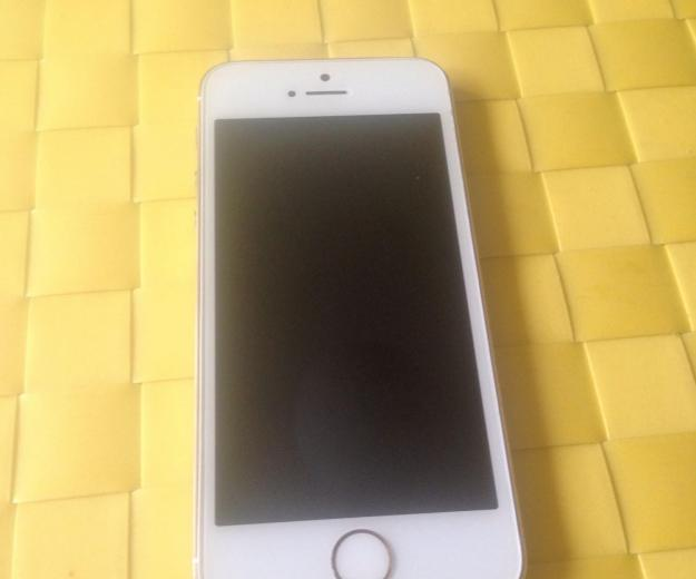 Iphone 5s gold 16gb. Фото 2.