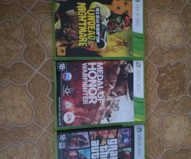 Xbox 3 диска за 2500!gta 5 ,medal of honor,зомби. Фото 1.