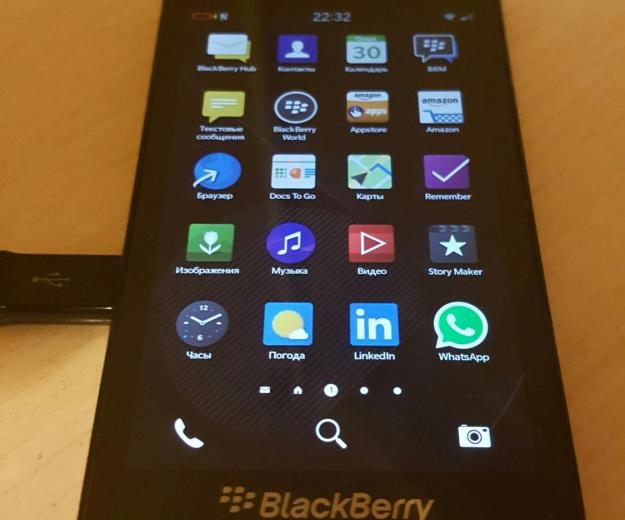 Blackberry z10. Фото 1. Видное.